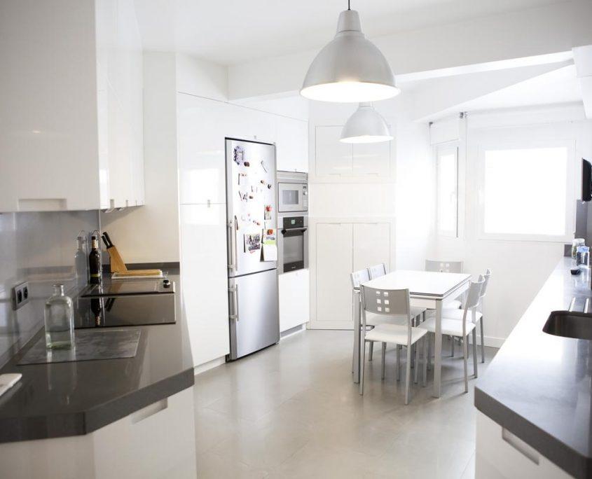 Reforma integral de vivienda en moncloa iii vera for Oficinas en moncloa