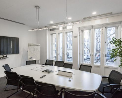 sala de reuniones de oficina en Madrid