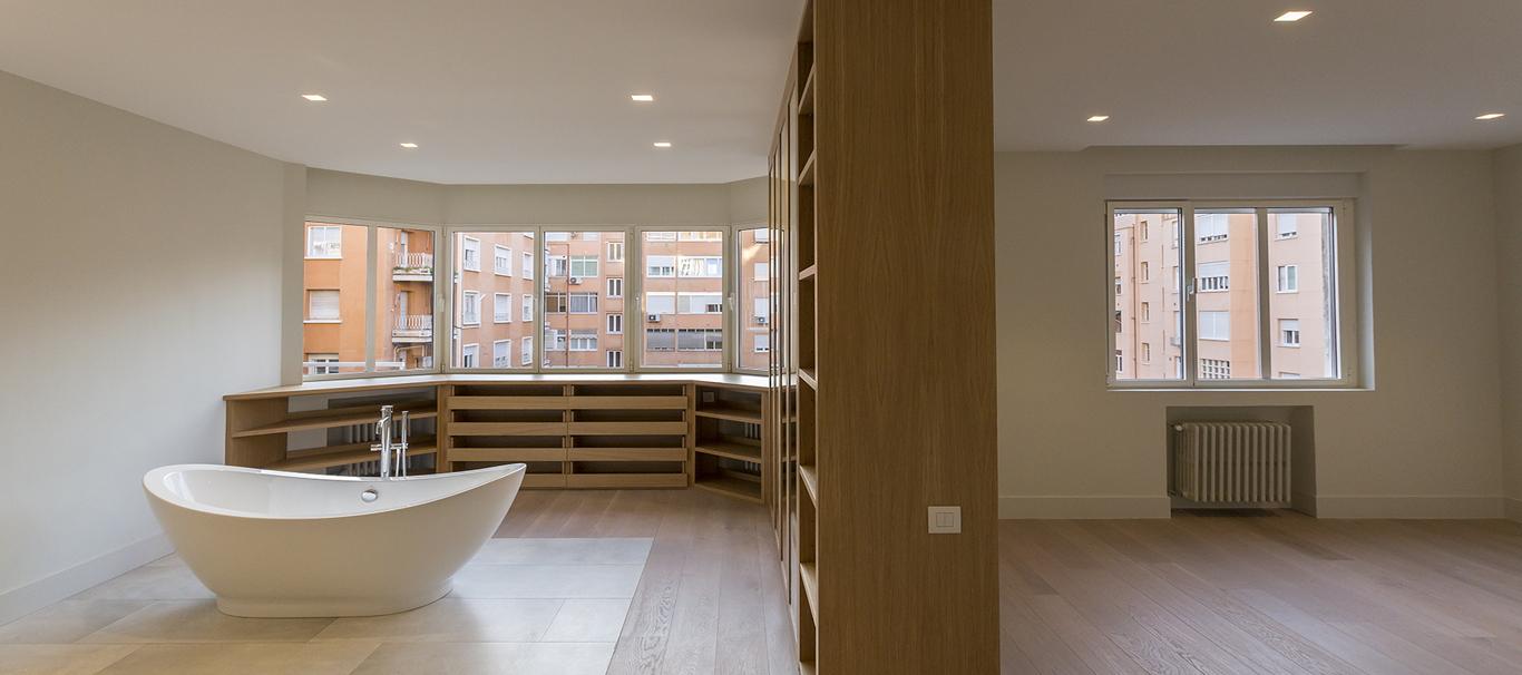 Salón con baño incorporado